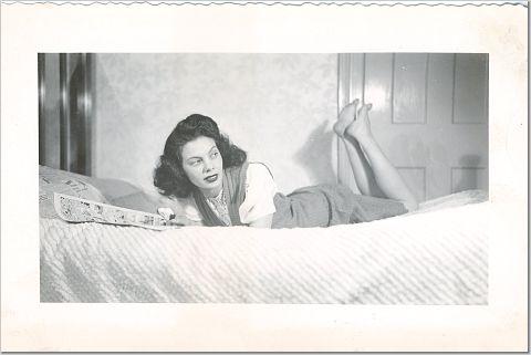 mom1947
